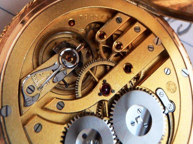 datování elgin kapesní hodinky podle sériového číslaronnie wood datování historie